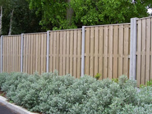 fencing-hitmiss5inchcapped1-300x225_c